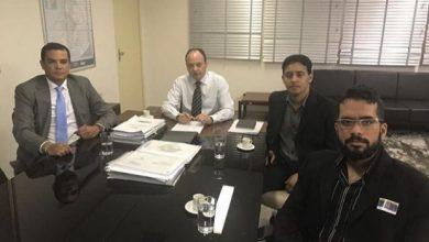 Photo of Presidente do SINSEP – GO reuniu com o Secretario Joaquim Mesquita para discutir melhorias para os profissionais da Catergoria .